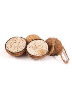 4 halve kokosnoten